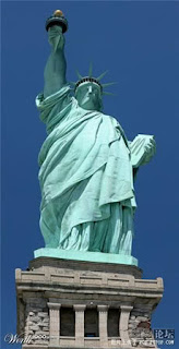 7-Foto-Unik-Patung-Liberty-6