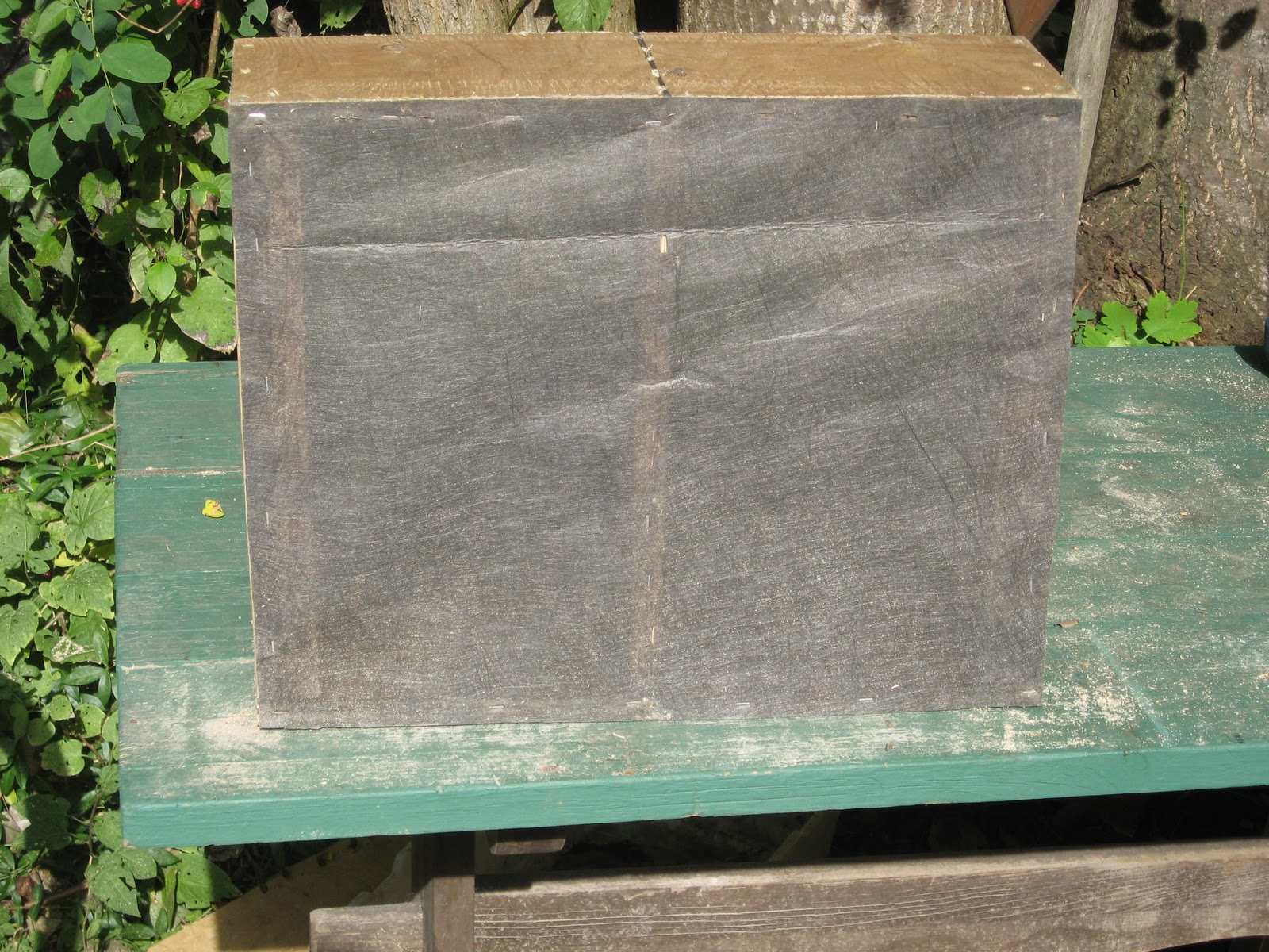 How to make a moisture quilt for a langstroth hive honey - I Stapled Landscape Cloth Porous Over The Bottom Of The Quilt Box More Durable Alternatives To Landscape Cloth Are Window Screen Or 1 8 Inch Hardware