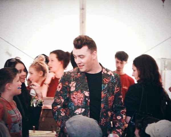 Sam Smith in Gucci Spring Summer 2014 military green flower print cotton viscose jacquard blazer jacket at Glastonbury Music Festival 2014