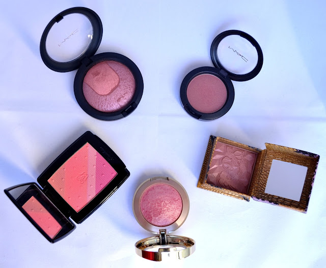 http://www.dreamingsmoothly.com/2013/12/christmas-countdown-2-winter-blush.html