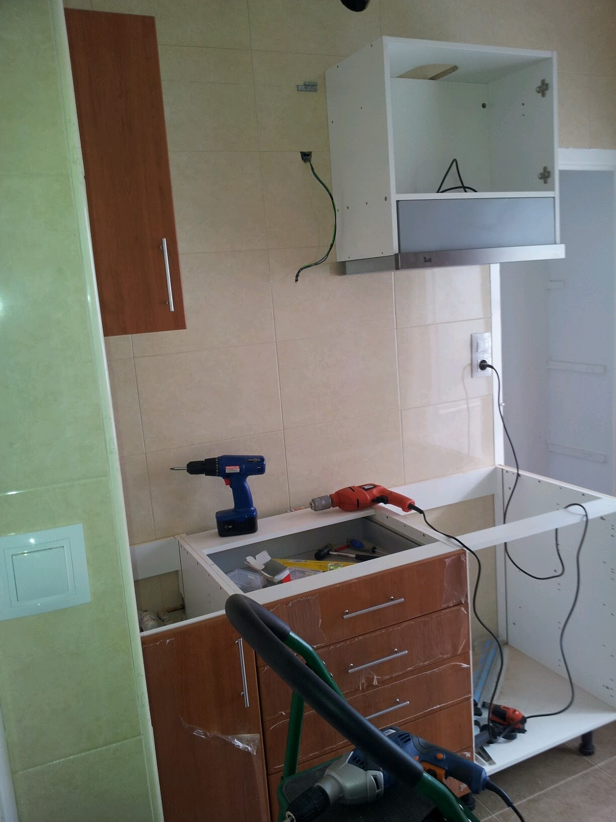 Brico montaje muebles de cocina y electrodom sticos - Montaje de cocina ...