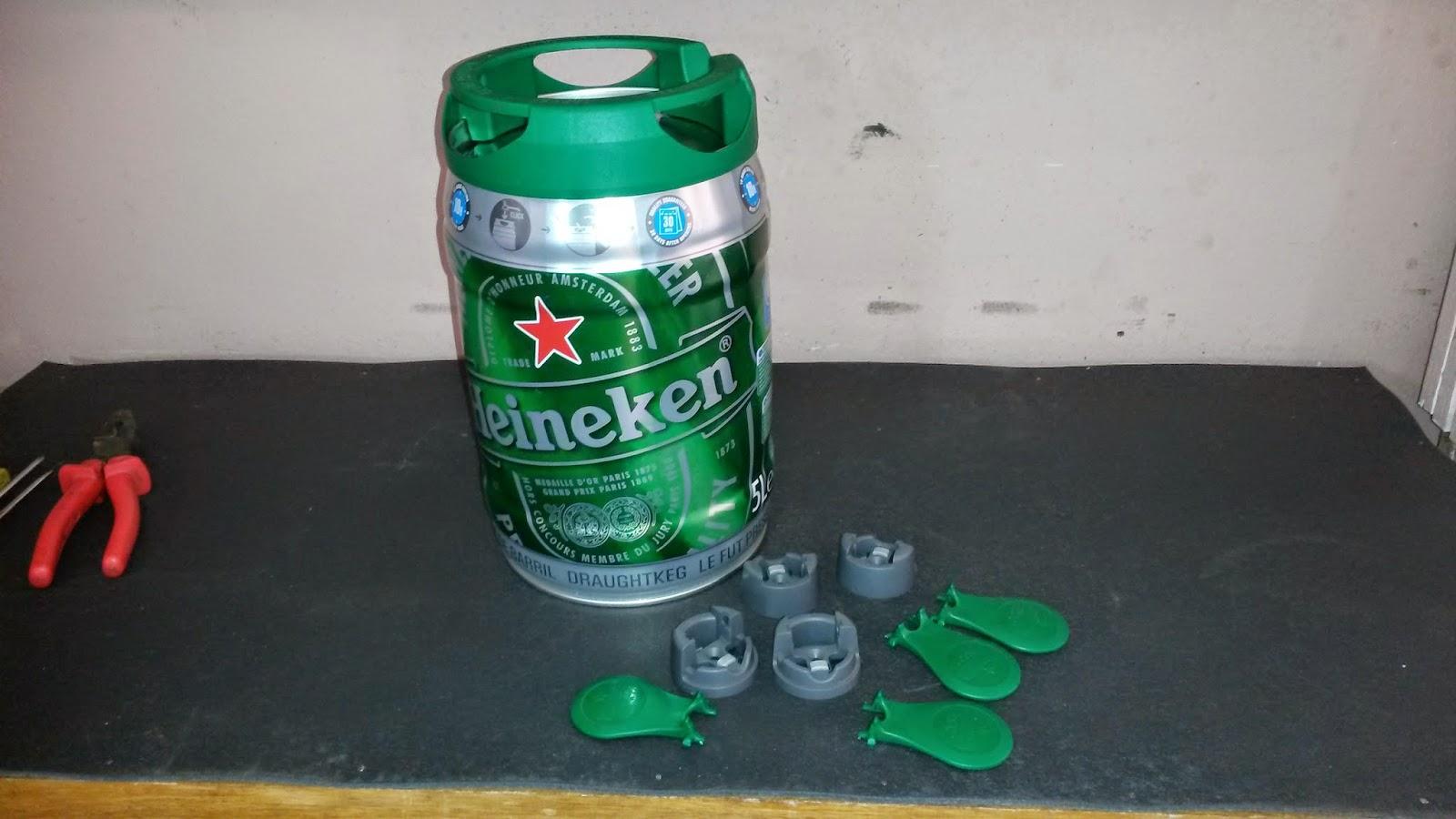 do Quintal: Como fazer uma mesa de canto usando barril de cerveja #0C6E41 1600x900