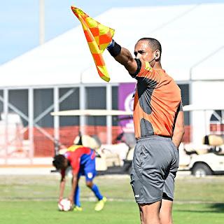 Concacaf invita árbitros dominicanos a curso