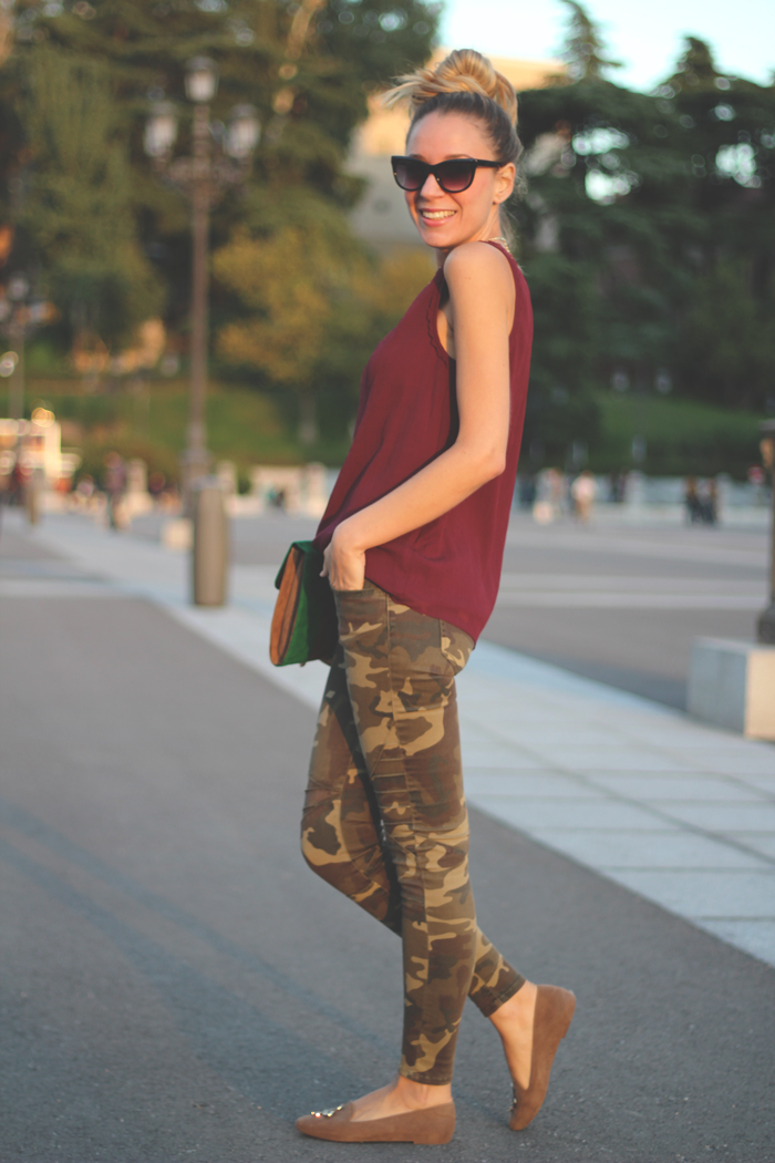 Military pants, trench, autumn trends, slippers, burgundy, my showroom, street style, look, outfit,