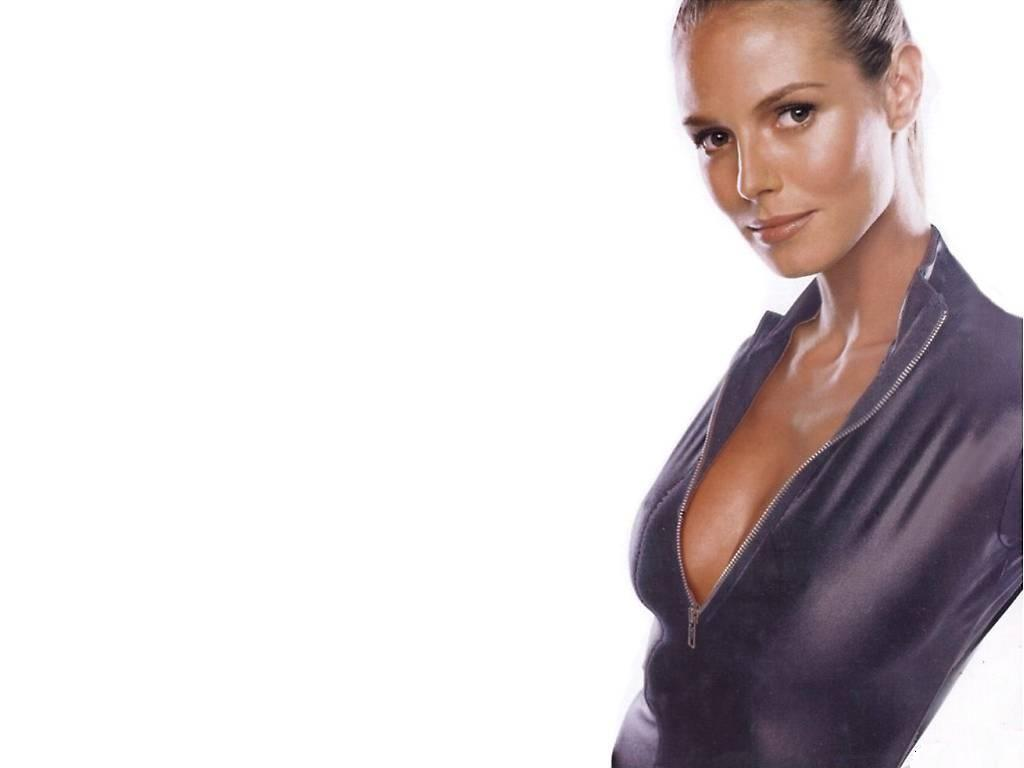 http://2.bp.blogspot.com/-Q6HN-1j2WHs/Tam5SL4mL0I/AAAAAAAANeI/FwuEdxpzcJY/s1600/German_celebrity_Heidi_Klum_wallpapers%2B%25284%2529.jpg
