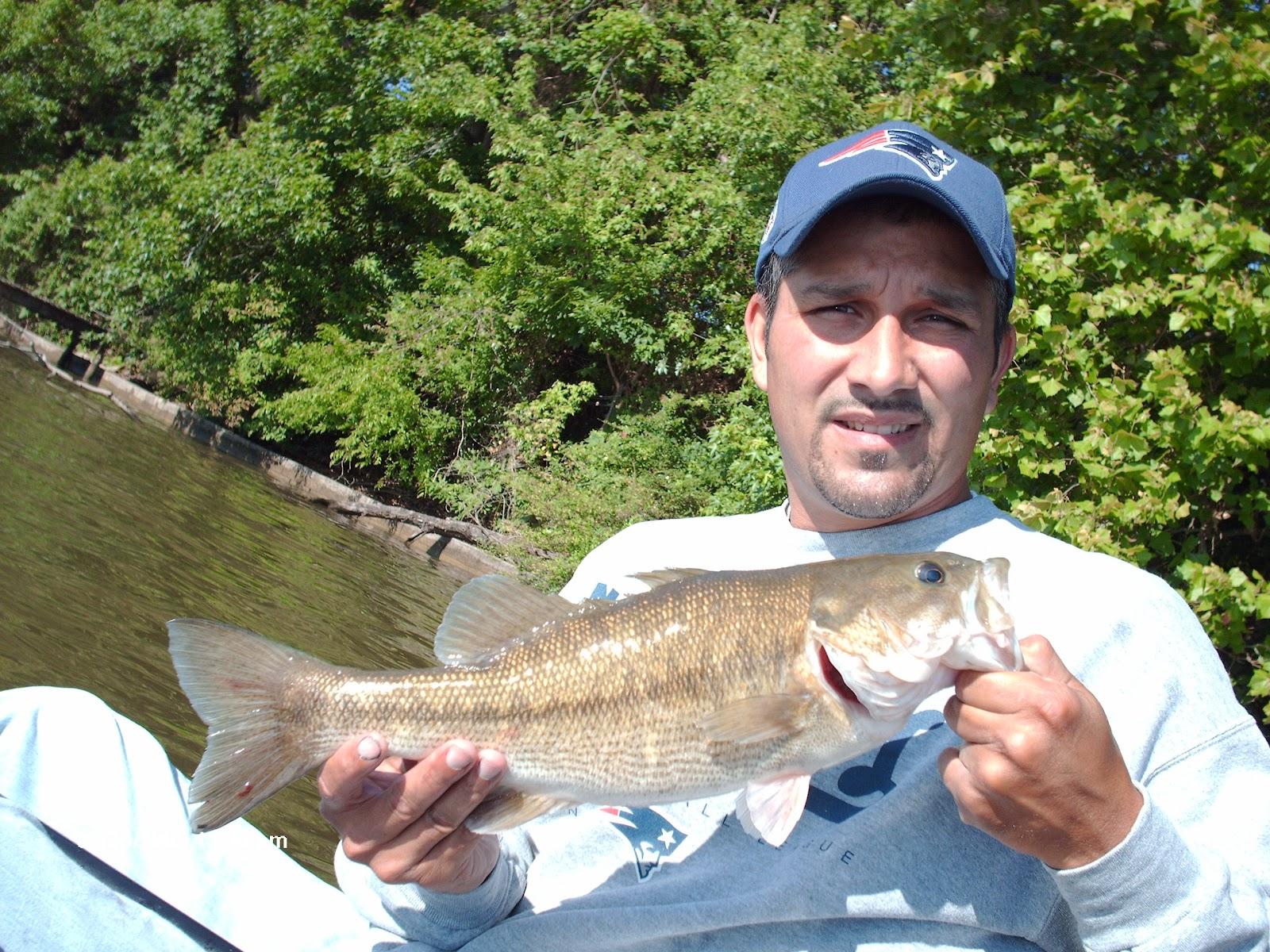 Kayakweiss fishing fishing lake weiss and hunting down for Bass fishing lakes near me