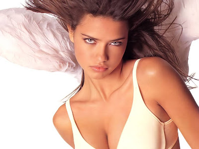 Fashion Model Adriana Lima7