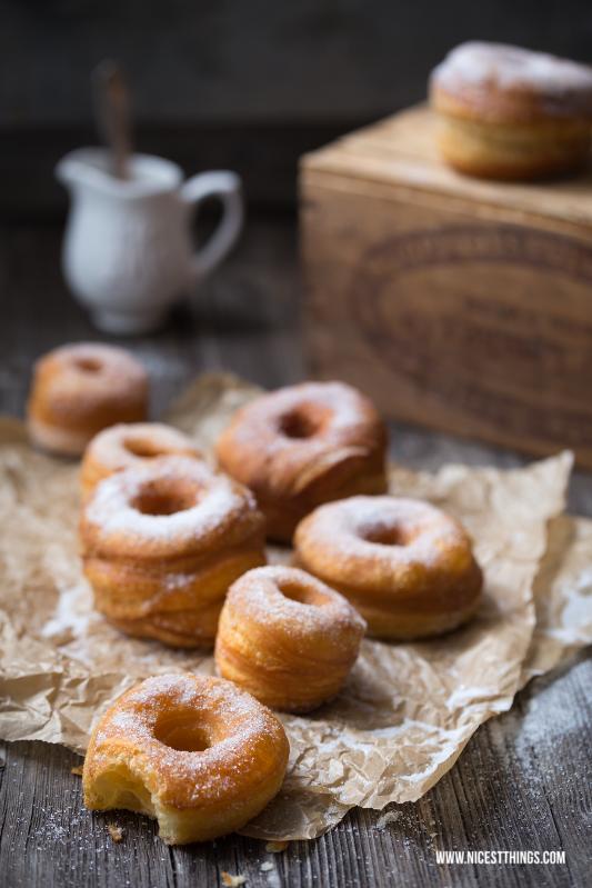 Cronut Rezept mit Blätterteig, Cronuts selber machen #cronut #cronuts #foodtrend #hybridfood