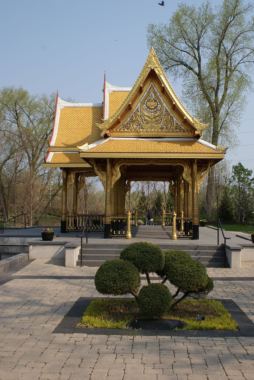 Driftless Home and Gardens: Olbrich Gardens Thai Pavilion