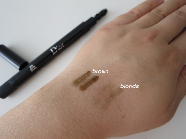 Diorshow Brow Styler Gel in brown and blonde - swatches