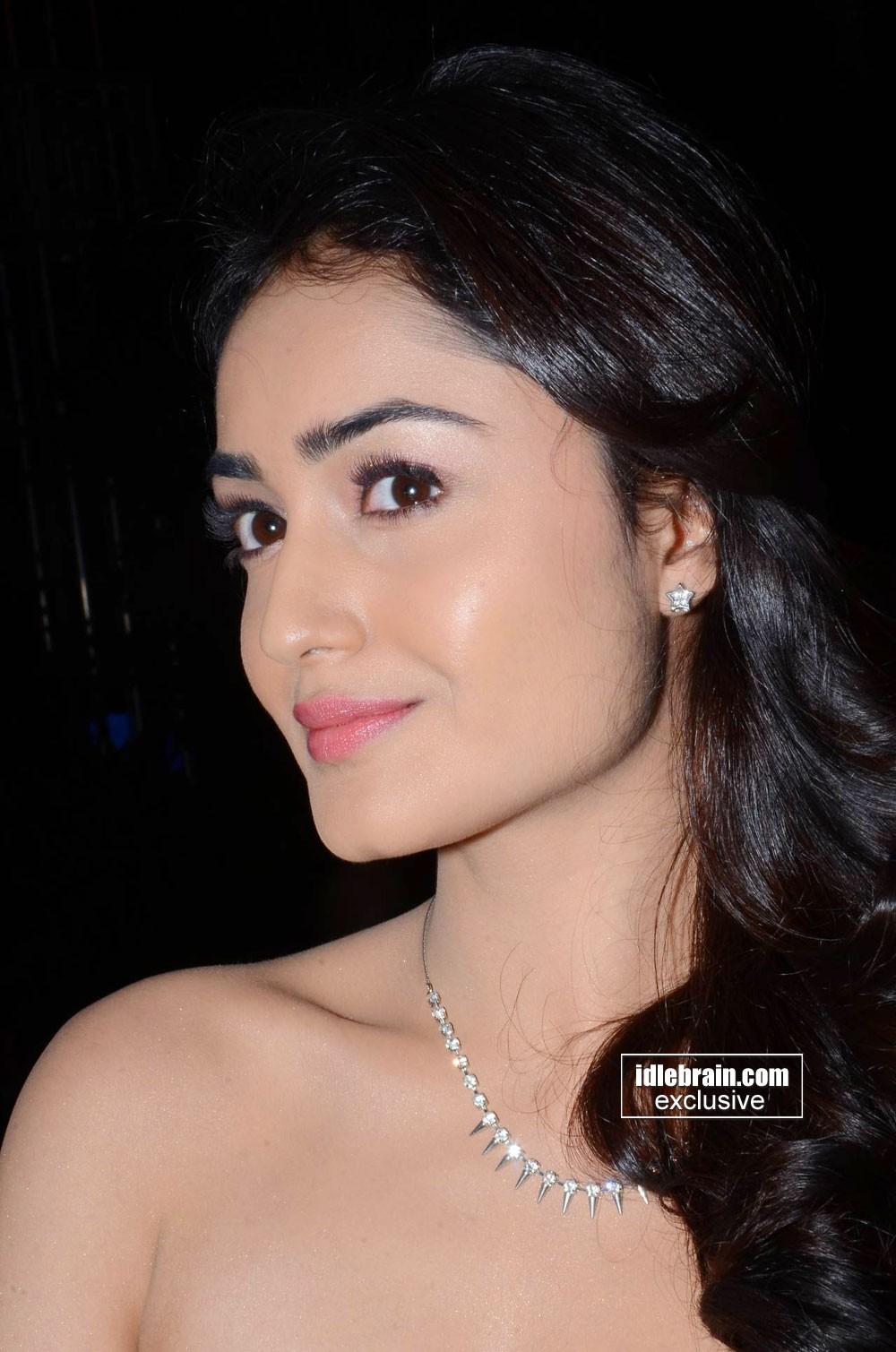 Tridha Choudhury Cute
