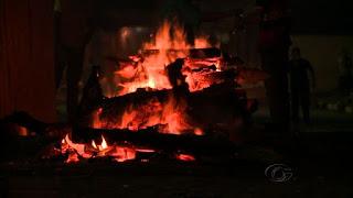 Menina de três anos morre após acidente com fogueira, em Maceió