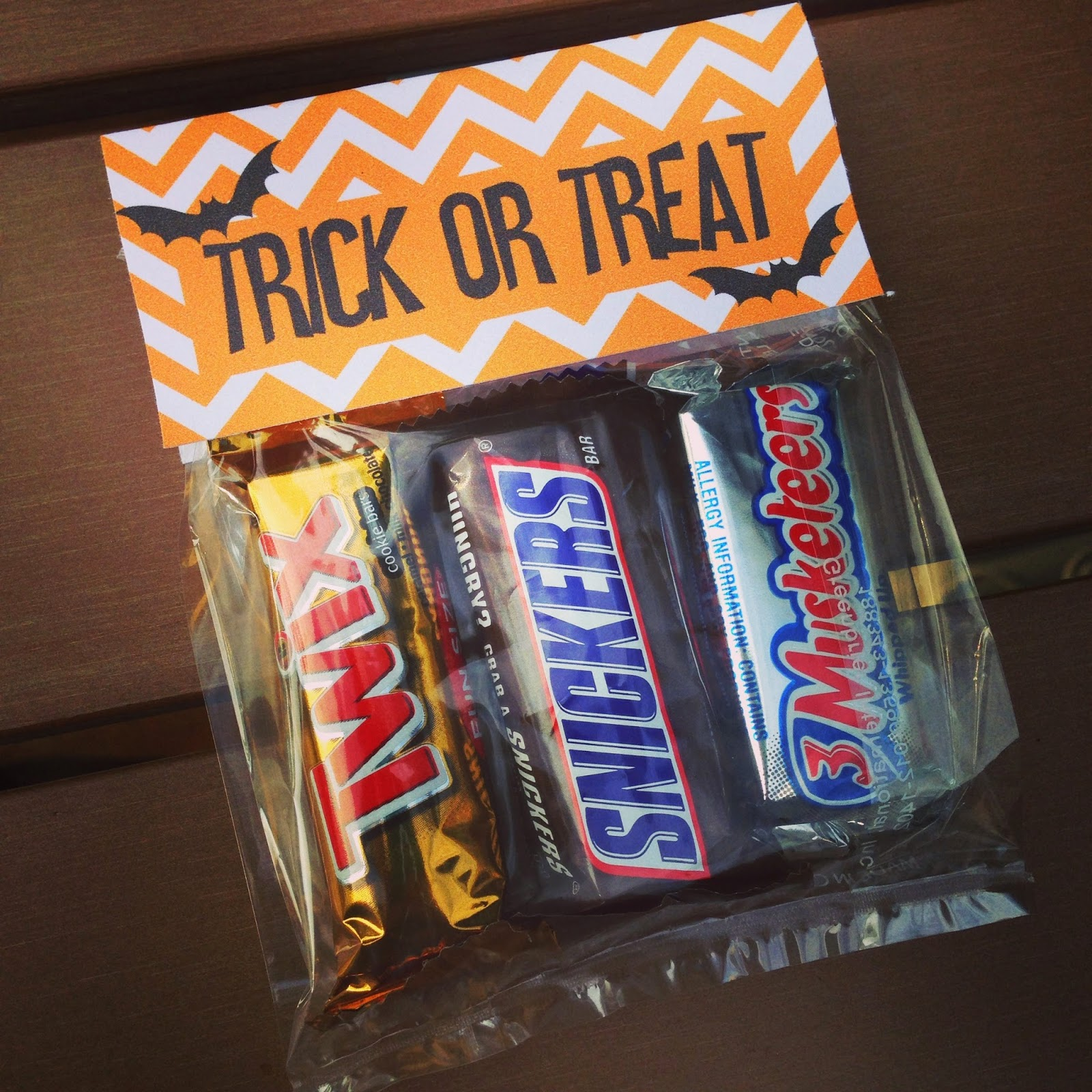 halloween treat bags with free printable {guest post} - unoriginal mom