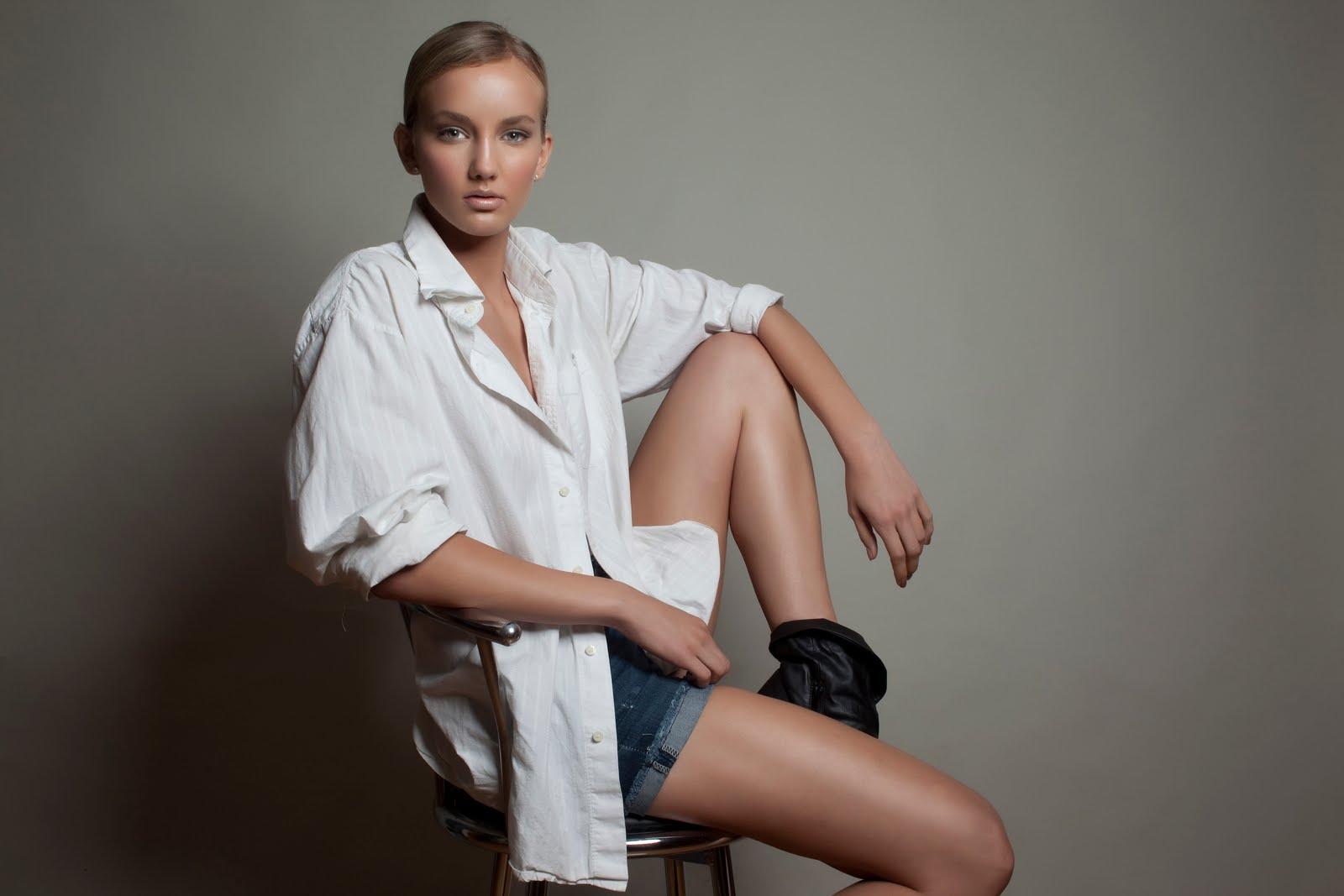 Celebrity Paige Palmari nude (38 photo), Tits, Leaked, Feet, braless 2006