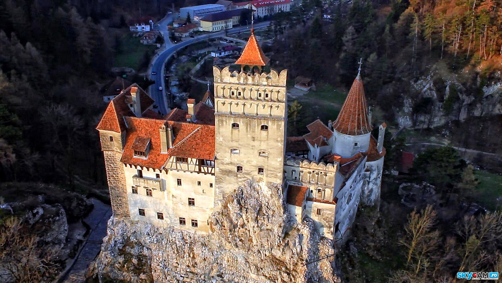 bran castle Bran castle official, bran, brasov 26k likes we invite you to experience the history, the myth, the intrigue and the magic of this wonderful place of.
