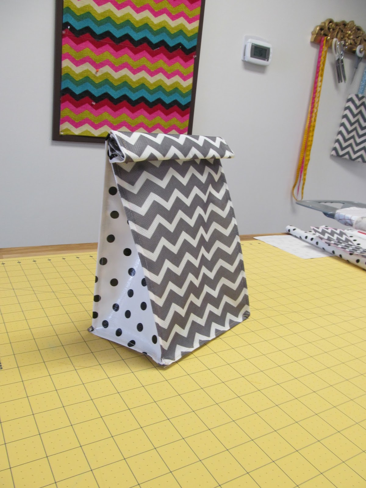 Notes from sew school diy lunch bag tutorial for Easy diy lunches