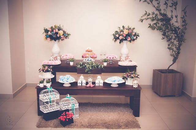 Casamento real - Mariana e Leonardo, casamento econômico, casamento diy, mesa do bolo, casamento, rústico, decoração azul rosa e branco