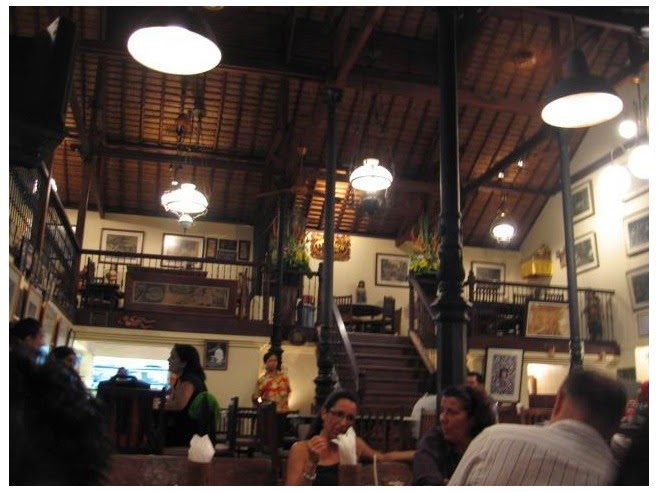 is a large venue alongside plenty infinite to cater for large groups Beaches in Bali: Made's Warung Kuta Bali