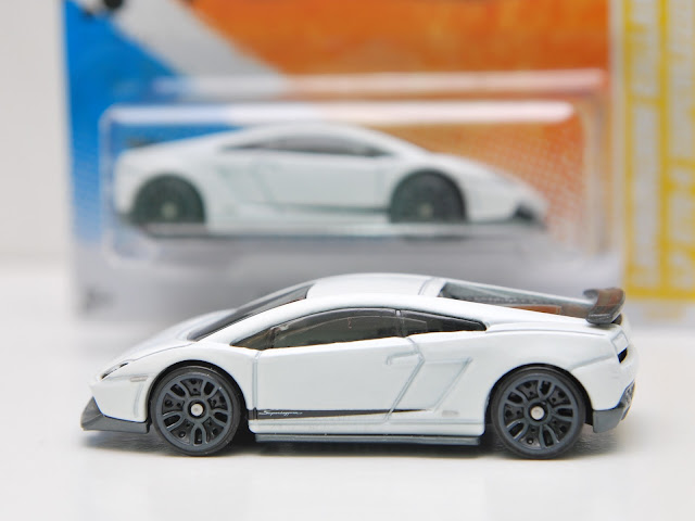 d a y d r e a m e r hot wheels lamborghini gallardo lp 570 4 superleggera. Black Bedroom Furniture Sets. Home Design Ideas