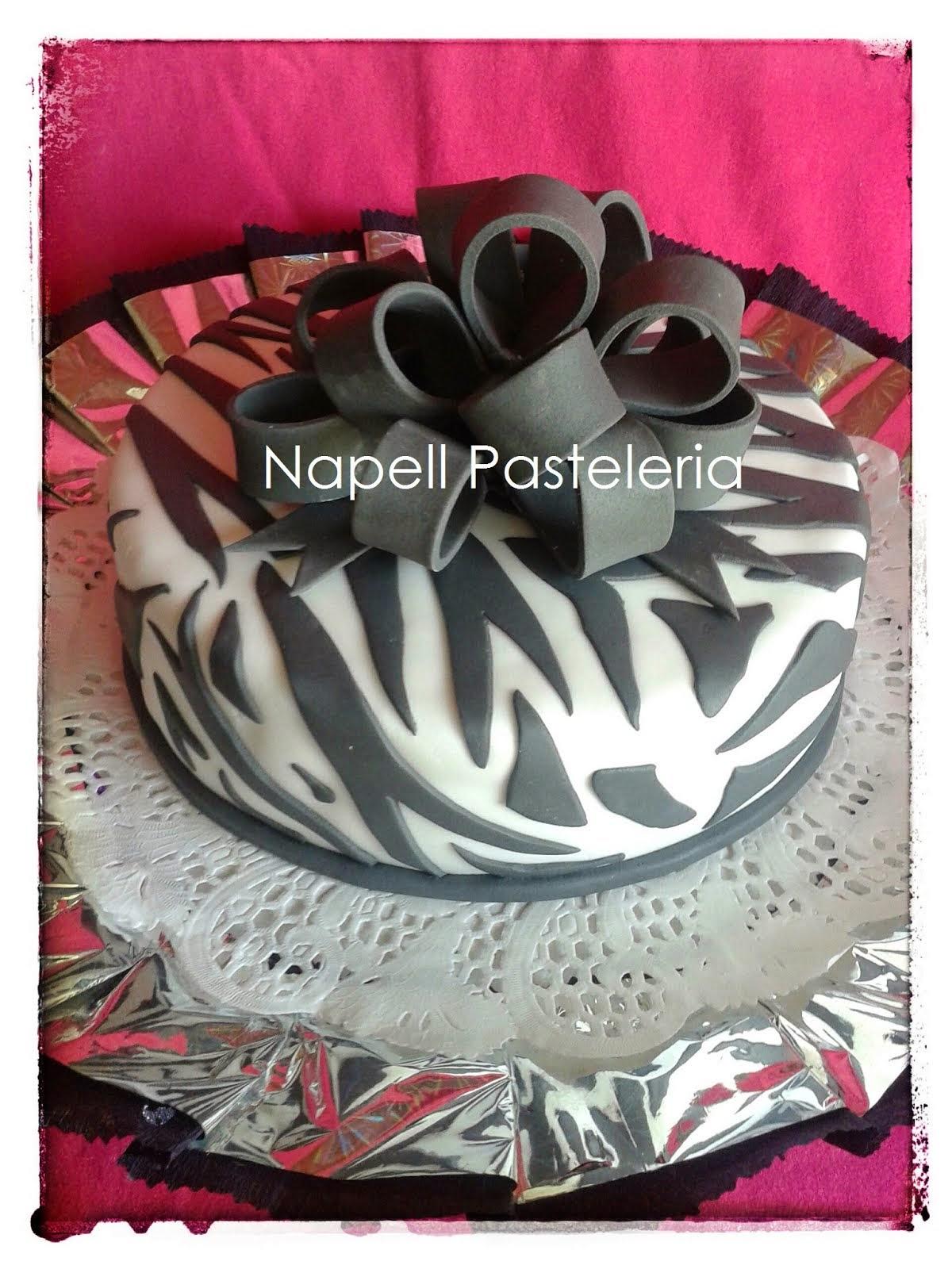 Animal print cake Zebra
