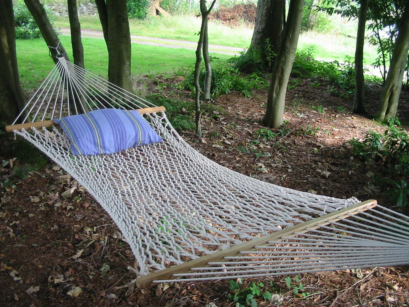 patio hammock natural garden indoor off or chair hammocks all rope handmade porch white amazon com swing dp outdoor hanging