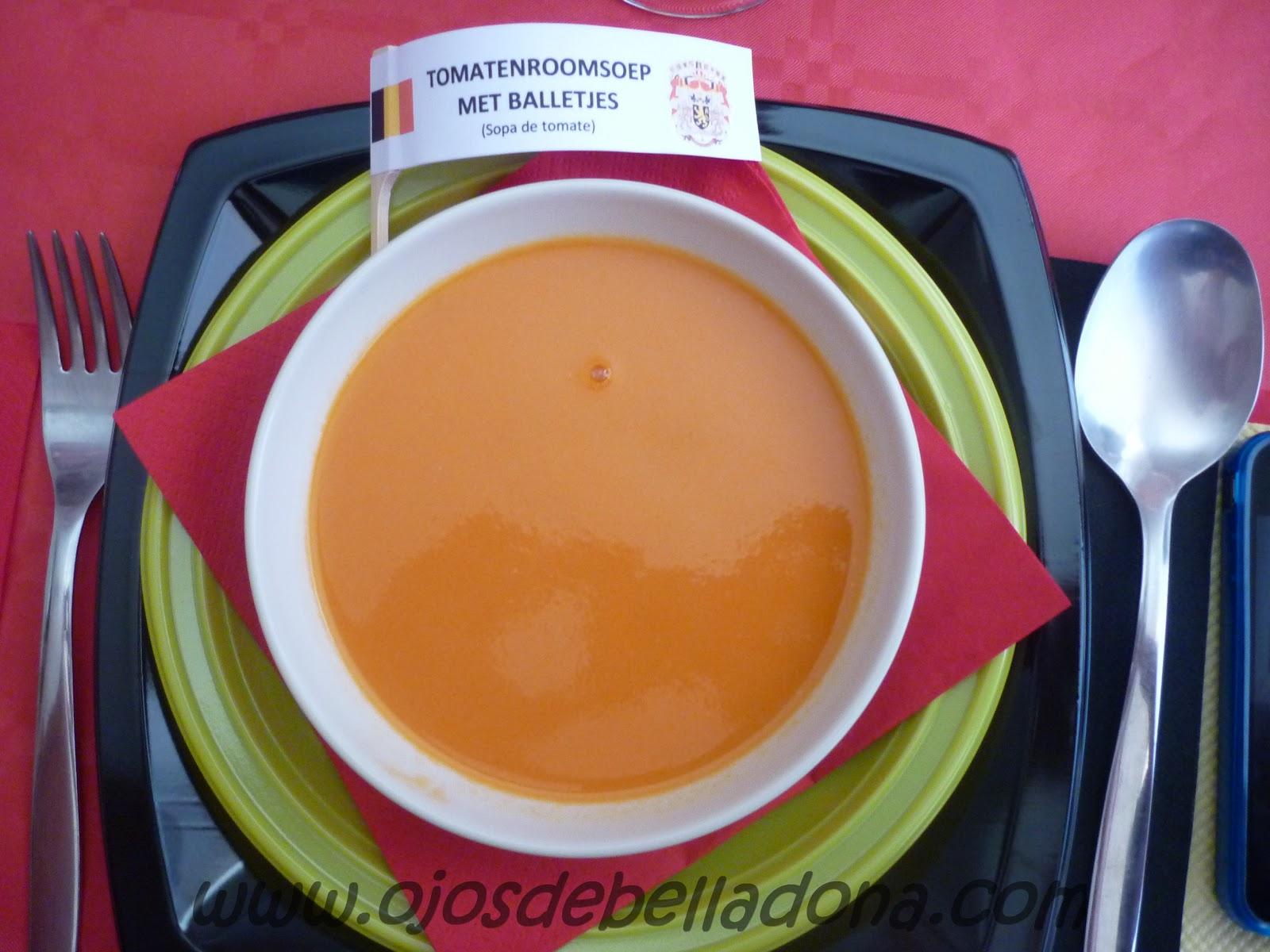 Tomatenroomsoep met balletjes (Sopa de tomate) Bélgica