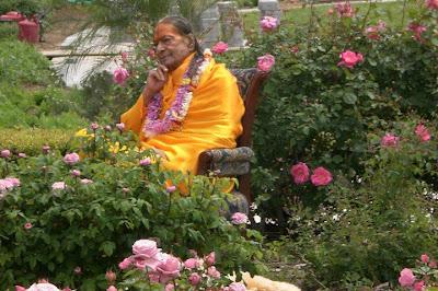 Shree Maharajji in the gardens of Barsana Dham Ashram