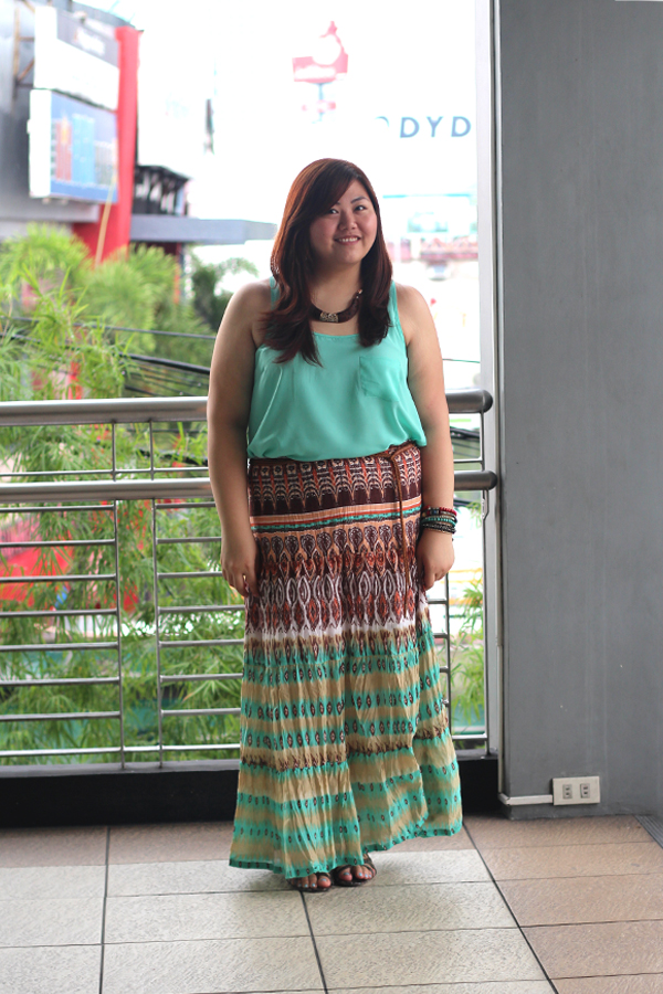 Plus Size Asian Blogger, Tribal Print Maxi Skirt, How To Wear Maxi Skirt, Mint Green Tank Top, Charles and Keith Snakeskin Leather Gladiator Sandals, Plump Pinay