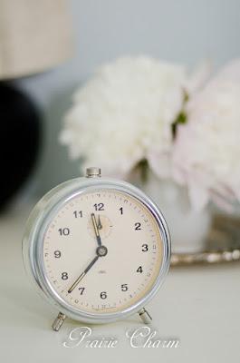 Sunday clock / Nedeľný budík