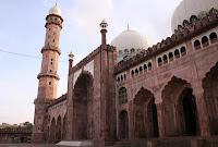 Taj'ul Masjid
