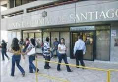 Miembro de la Junta Electoral de Santiago presenta formal renuncia