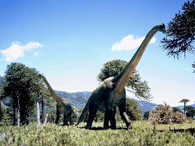 Brachiosaurus+%25282%2529 10 Dinosaurus Dengan Ukuran Paling Besar