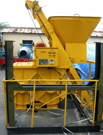 Hình ảnh máy trộn bê tông Ung Giang JS500
