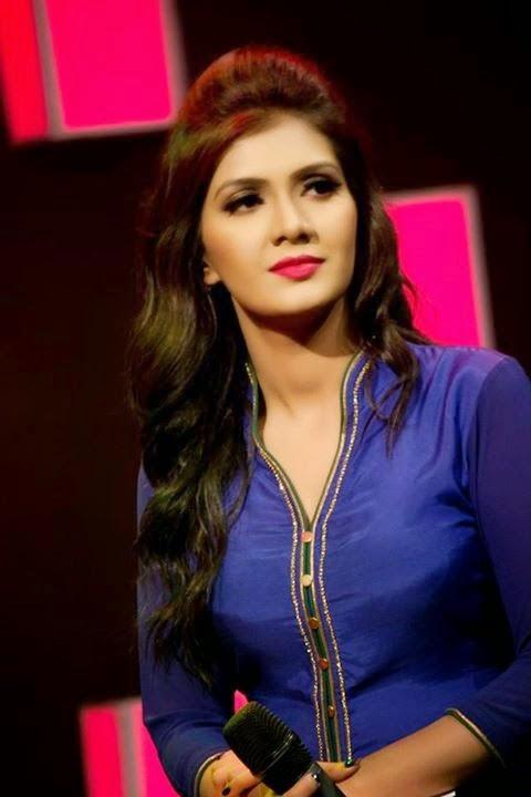 Bangladeshi Model Host RJ Maria Noor