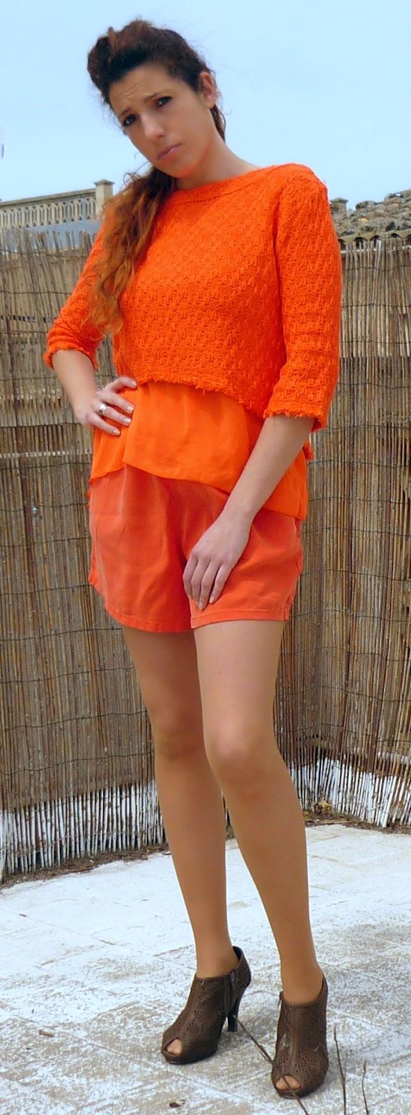 conjunto naranja