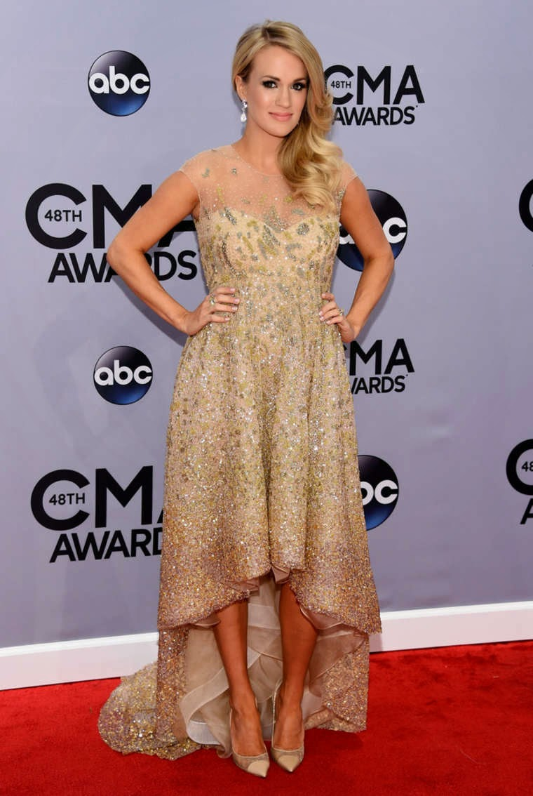 Carrie Underwood - Best Dressed Celebrities at the 2014 Annual CMA Awards in Nashville