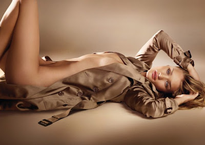Rosie Huntington-Whiteley para el perfume Burberry Body
