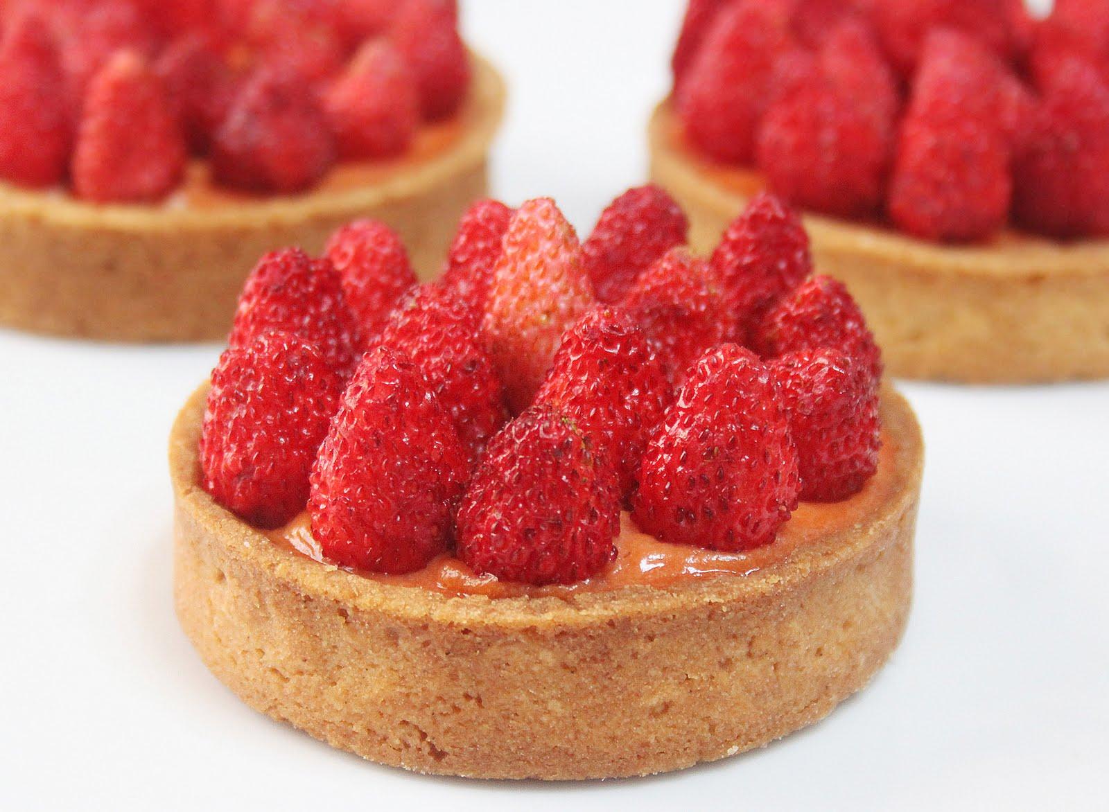 La cuisine de bernard tartelettes aux fraises des bois - Fond de tarte biscuit ...