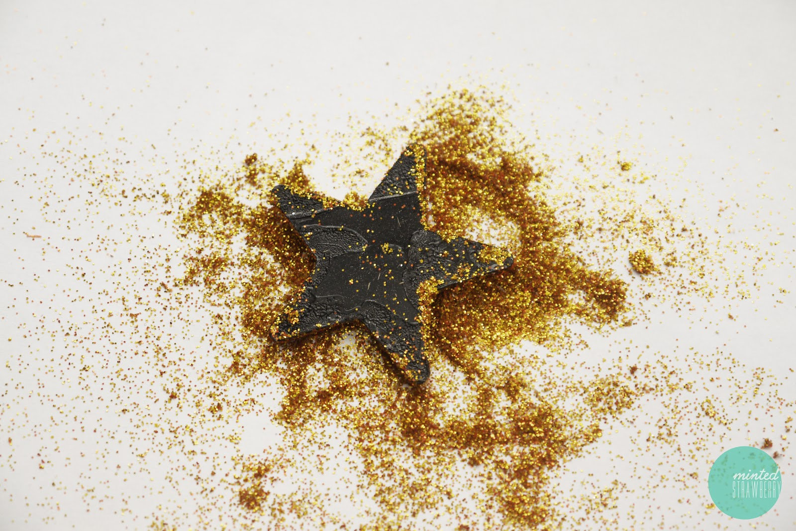 Displaying 16> Images For - Gold Glitter Stars...