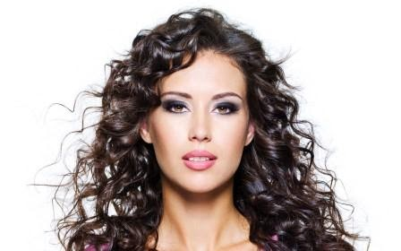 Women Hair-styles in relation to Curly hair