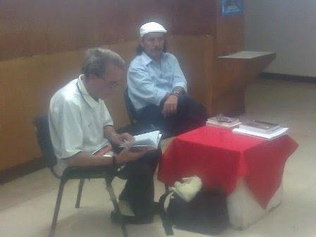 Felo y Jorge Bouzoño en la tertulia Literatura sin fronteras