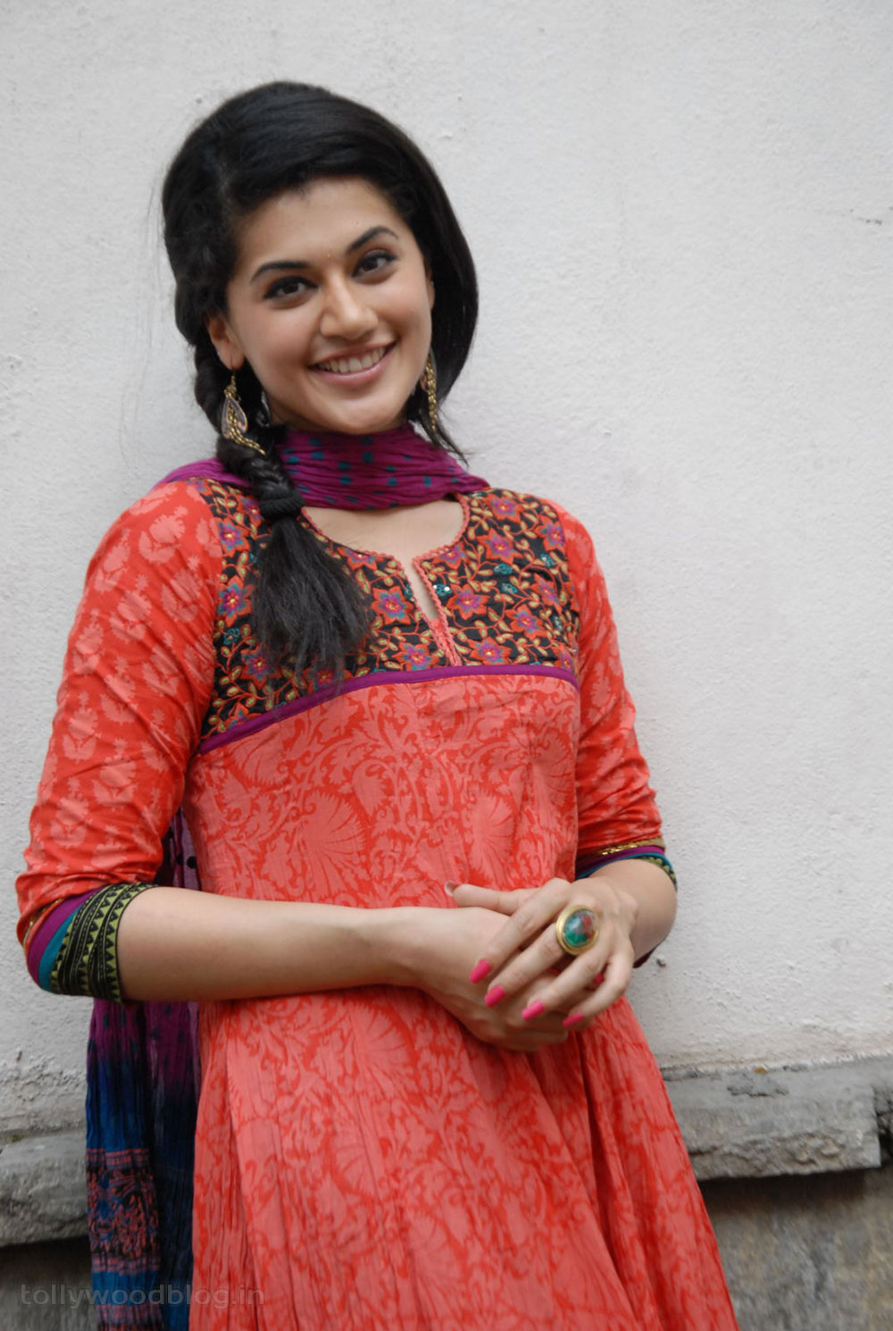 Taapsee Pannu Photos - Telugu Actress photos, images, gallery Tapasee pannu new photos