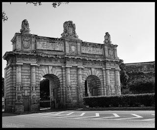Picture of Porte des Bombes in Floriana Malta