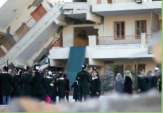 PALADINES: ¿Qué maldad lo de Israel de destruir la infraestructura del pobre pueblo palestino?