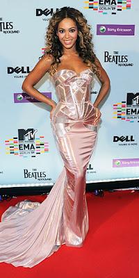 Beyonce Gece Elbise Modelleri