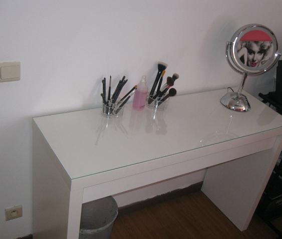 Welkom op Beautys delight: Nieuw make-up hoekje