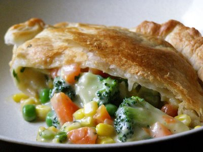 ... bowl toss and dress with oil and vinegar hearty vegetable pot pie