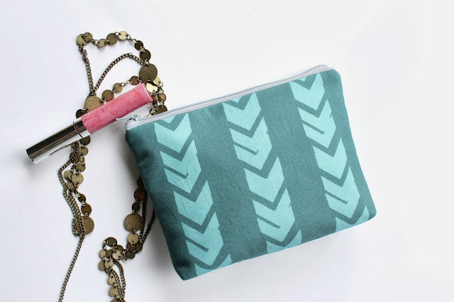 allisa jacobs cosmetic bag
