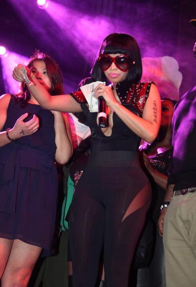 Nicki-Minaj-Christmas-Concert-Webster-Hall