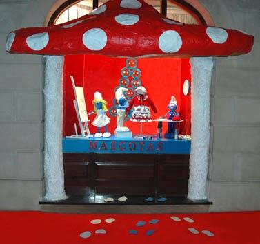 Nuestro escaparate navideño ganador del 2º gran premio de escaparates de Bizkaia.